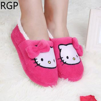 2016 Winter Home Slippers Bowtie Hello Kitty Slippers Women Bedroom Soft Sole Shoes Warm Soft House Shoes Plush Pantufas Pantufa