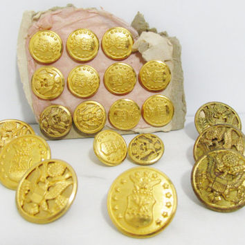 Vintage Buttons: 20 Brass Eagles