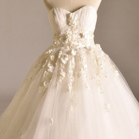 Ball Gown Strapless Floor-length Organza Wedding Dress With Flowers