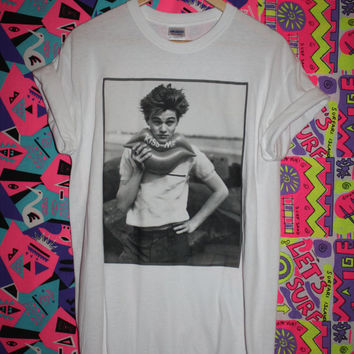 Young Leo T-shirt leonardo dicaprio 90s tumblr hipster romeo babe