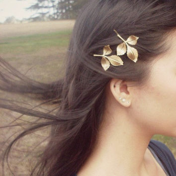 Daphne II - Leaf Bobby Pins - Gold Leaves - Cute Adorable Rustic Boho Indie - Elegant - Romantic - Whimsical - Dreamy - Woodland Collection