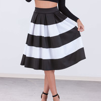 Pleats 2 Meet U Striped Skirt
