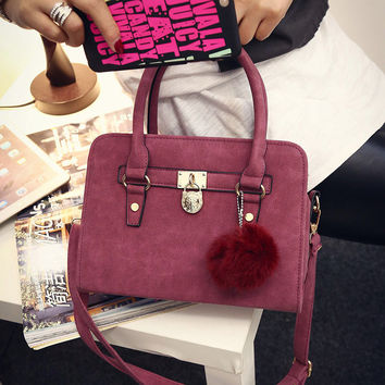 Women Classical Chic Bag On Sale = 4457587844