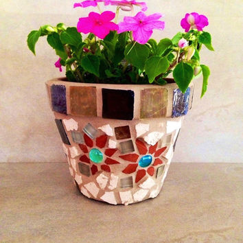 Mosaic flower pot, indoor-outdoor planter, gardener gift, summer decor, storage pot, garden planter, handmade mosaic, outdoor garden art pot