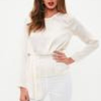 Missguided - Ivory Long Sleeve Tier Drape Blouse