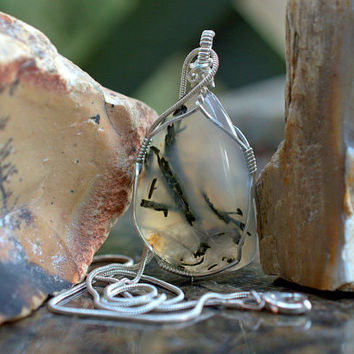 Moss Agate pendant white gemstone silver wire wrapped with a silver plated necklace