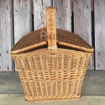 Vintage wicker Picnic Hamper basket, vintage reed picnic basket made in Poland,mid century storage basket, engagement surprise basket