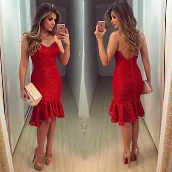 Red Patchwork Lace Ruffle V-neck Fashion Mini Dress