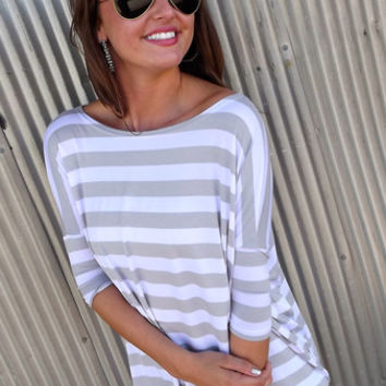 Light Gray & White Striped Piko | The Rage