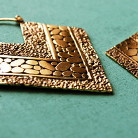 Pebble and Sand Texture Tribal Arrow Hoop Earrings / 20g / Antique Finishing / Ethnic Jewelry / Big Tribal Hangers / Sold as pair