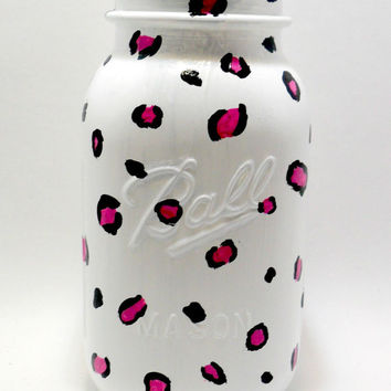 Painted Mason Jar / Decorated Jar / Cheetah Print / Glassware / Home Decor / Painted Glass / Mason Jar Gifts / Housewares / Painted Jars