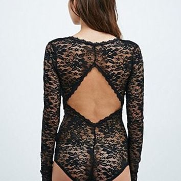 Pins & Needles Beautiful Sleeved Lace Bodysuit in Black - Urban Outfitters