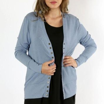 ICIKGE8 Curves - Perfectly Snapped Cardigan