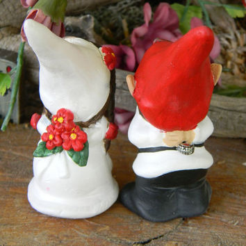 Wedding gnomes Kissing  ......  wedding cake toppers  (made to order)