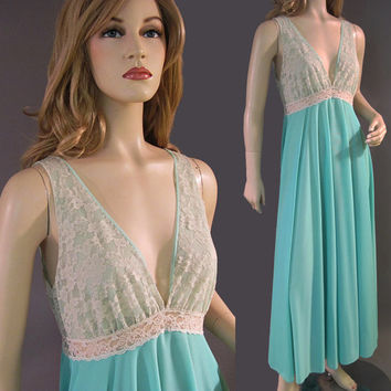 3871be756016 Vintage Saramae Nylon Nightgown Silky Lacy Seafoam Blue Green F