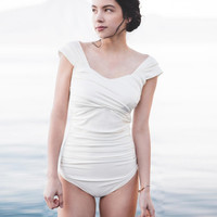 Sexy fashion white shoulder pleated one piece bath suit