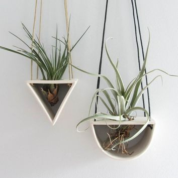 Open Triangle Porcelain Air Plant Hanger