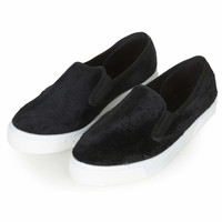 TIKA2 Fur Slip On Skaters