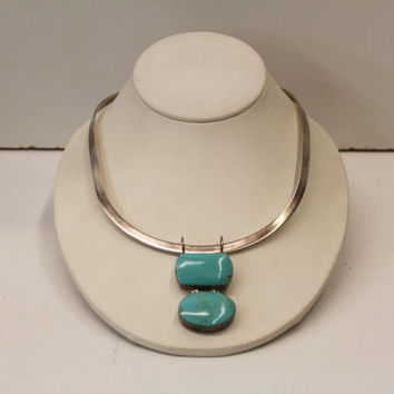 Vintage 925 Sterling Silver Minimalist Clean Necklace With Southwest Mexican Articulated Geometric Double Turquoise Gemstone Pendant