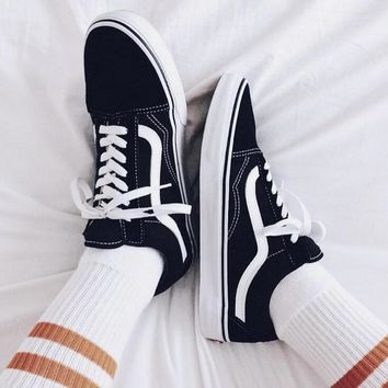 """""""Vans"""" With Warm Casual Shoes Men and women classic black cloth shoes H Z"""