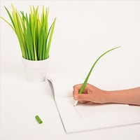 The latest Creative Stationery Gift, Grass Blade Leaf Ballpoint Pen! Lot Of 10 Pieces.