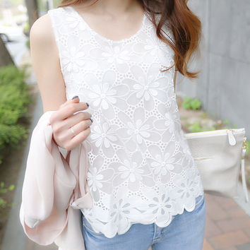 6XL Women Blouse Shirt Femininas 2017 Summer Fashion Woman Lace Elegant Sleeveless Blusas Crochet Casual Shirts Tops Plus Size