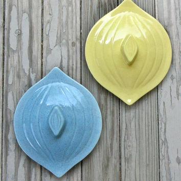 Vintage 1950s 60s California Pottery Atomic Wall Decor Plaques Redo Repurpose Upcycle