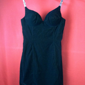 1980s Velvet Sexy Dress with Sweetheart Neckline 7/8 Medium L.A. Glo
