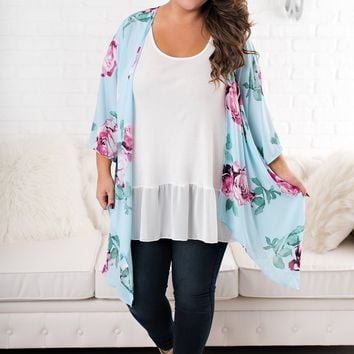 Curvy Can't Stop This Floral Kimono (Lt. Blue)