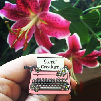 Harry's Typewriter Enamel Pin