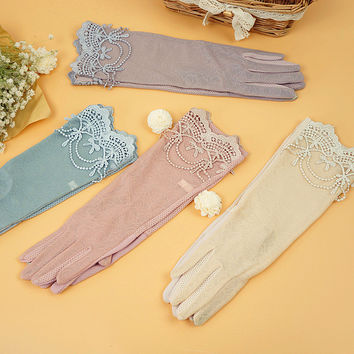 2016   Top Quality Thin style elastic sunscreen non slip Sexy Ladies gloves ICE Silk UV Protection Lace women Gloves 5Color