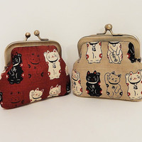 Metal Snap Pouch Coin Purse Small Pouch Lucky Cat in Deep Red or Taupe