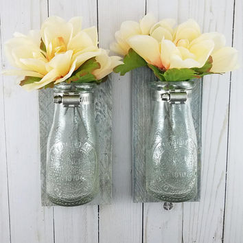 Reclaimed Wood Wall Decor - Wall Vases for Flowers - Wall Vase - Farmhouse Home Decor - Bathroom Wall Decor - Wall Decor - Bud Vase - Gray
