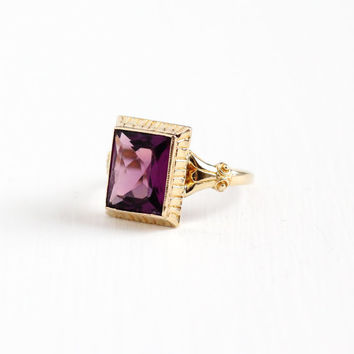 Vintage 10k Rosy Yellow Gold Art Deco Simulated Amethyst Ring - Dated 1937 1930s Size 6 3/4 Purple Faceted Glass Fine Jewelry