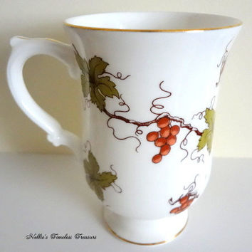 Vintage Royal Victoria Bone China Mug with Grapes and Ivy,Vintage Bone China,England Coffee Tea Mug,Vintage Mug,English Fine Bone China,Gift