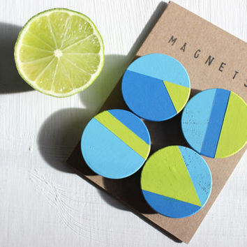 Geometric wooden magnets (blue, lime green)