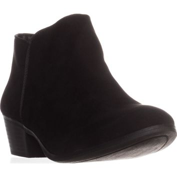 SC35 Wileyy Flat Ankle Boots, Black, 6 US
