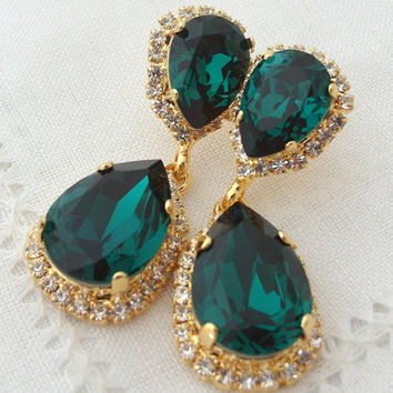 Emerald green dark green clear halo Chandelier earrings, Bridal earring, Dangle earrings, Drop earrings, Wedding jewelry, Swarovski earrings