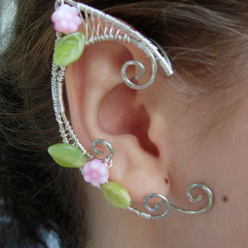 Pair of Silver Woven Wire Elf Ear Cuffs with Pink Resin Roses and Green Leaves Renaissance, Elven Ears, Costume Earrings Ear Wraps
