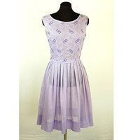 1950s day dress, summer dress, lilac lavender, sheer cotton, knife pleats, bows, Lynbrook, Size M