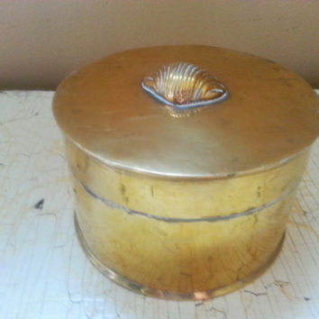 Vintage Round Brass Box  Clam Shell Embellished Lid Jewelry Trinket Box  Large Round Powderbox Made in India