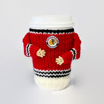 Chicago Blackhawks coffee cozy. NHL jersey cup sleeve. Hockey jersey coffee warmer. Hockey gift. Travel mug cozy Boyfriend gift. Sporty gift