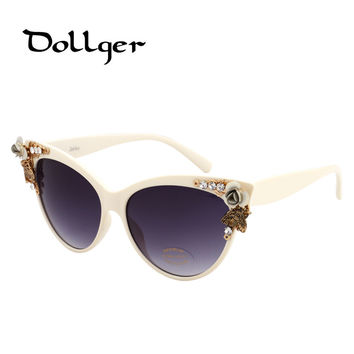DOLLGER Vintage Cateye Sunglasses Women Cat Eye Brand Designer 2016 For Womens Sun Glasses Black With Rhinestones Flowers s0005