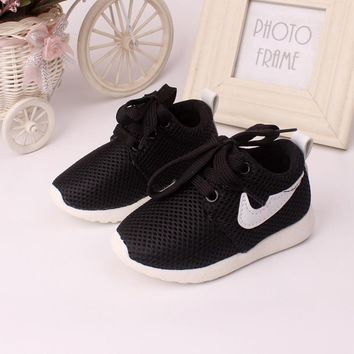 Spring 0 to 3 years old baby shoes boys girls casual sports shoes fashion kids sneaker