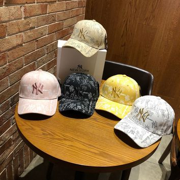 """""""New York Yankees"""" Fashion Casual Simple Graffiti Embroidery Letter Cotton Tongue Cap Hat"""