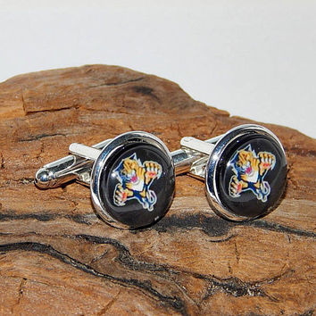Florida Panthers Old Logo Hockey cufflinks, Florida Panthers simbol, Hockey sports teams cufflinks, NHL cufflinks, Florida Panthers patch