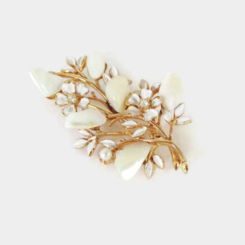 Vintage 50s Coro Brooch / 1950s Mother of Pearl White Floral & Gold Signed Pin