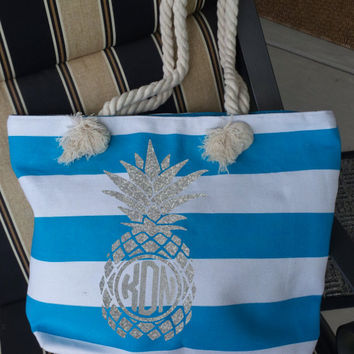 Pineapple Monogrammed Tote ~ Summertime Gift ~ Monogrammed or Not ~ Glitter Available!