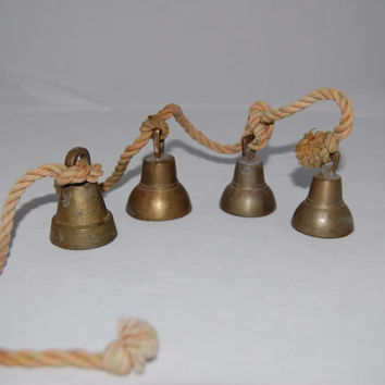 Jingle Bells//Shopkeeper's Bells//Wind Chimes//Vintage Brass Bells//Christmas Bells//Door Bells//Wedding Bells