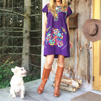 Vintage 1970's Purple OAXACAN Artisan Made Mexican Embroidered Boho Hippie Festival Tunic Dress || Size Small Medium